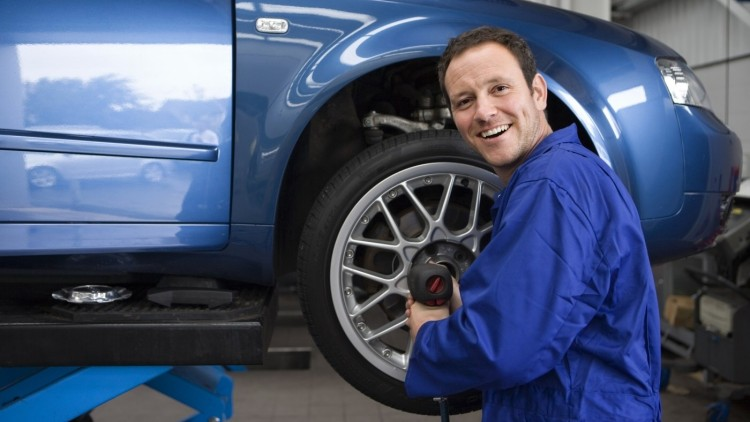 Mechanik Peugeot Praha